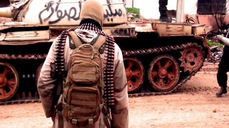 Terör örgütü DAEŞ'in Musul'daki kaçış tünelinden tarih fışkırdı