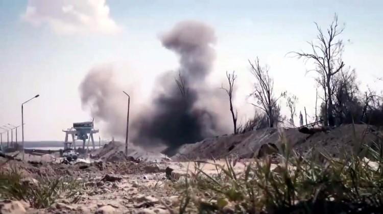 Terör örgütü DEAŞ Tabka barajına havanlarla saldırdı