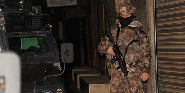Terör örgütü DEAŞ'a özel harekat destekli şafak operasyonu