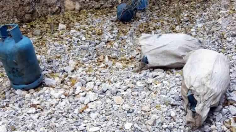 Terör örgütü PKK'nın mayın ve patlayıcı sığınağı bulundu!