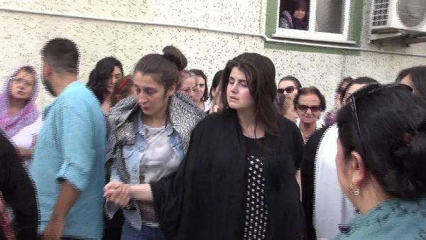 Terör saldırısı kurbanlarından Çizmecioğlu için Avcılar'da gözyaşı