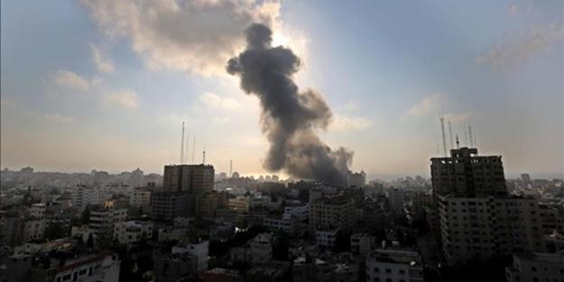Terörist İsrail'den Gazze'ye alçak saldırı: 7 şehit