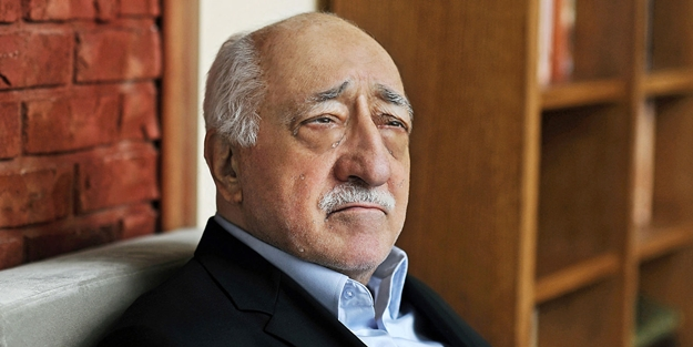 Teröristbaşı Fetullah Gülen vatandaşlıktan atılıyor