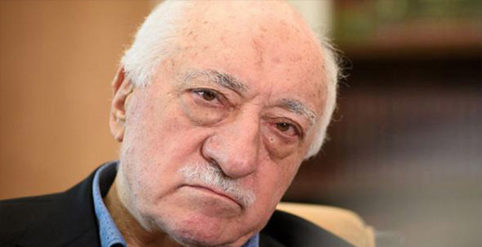 Teröristbaşı Gülen, sahte belgelerle 26 yıl emekli maaşı almış