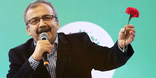 Teröristbaşı Öcalan'a selam yolladılar!
