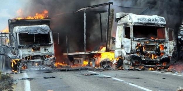 Teröristler 70 yolcuyu rehin aldı!