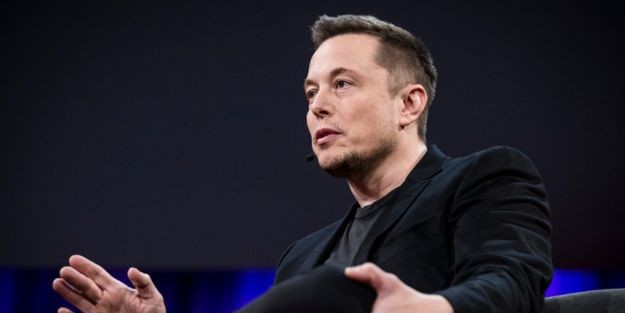 Tesla CEO'su Elon Musk meydan okudu