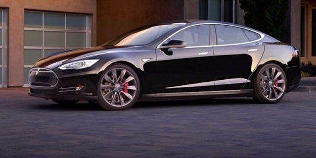 Tesla Motors'tan yeni rekor