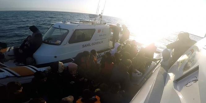 Midilli'ye kaçmaya isteyen 99 Suriyeli yakalandı