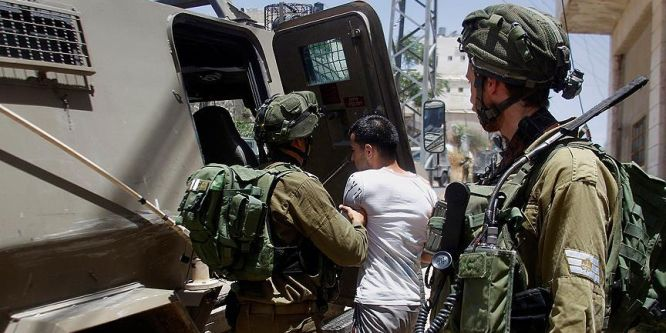 Siyonistler 7 Filistinliyi gözaltına aldı