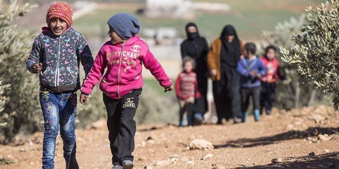 El Bab'dan kaçan Suriyelilere yardım eli!