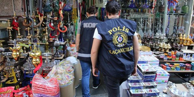 Fatih'te 500 polisle kaçak ürün operasyonu