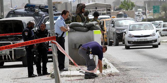 Yahudi yerleşimci Filistinli göstericilere ateş açtı