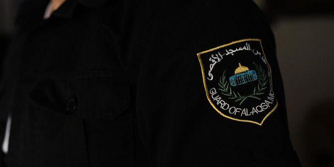 İsrail Mescid-i Aksa muhafızlarının iradelerini kırmaya çalışıyor