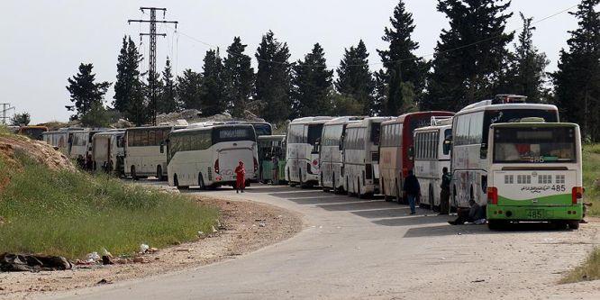 Tahliye edilen 3 bin 700 kişi kalacakları yerlere ulaştı