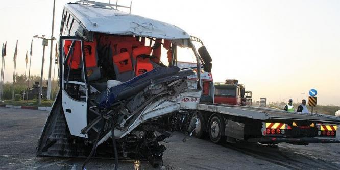 Hatay'da zincirleme kaza: 19 yaralı