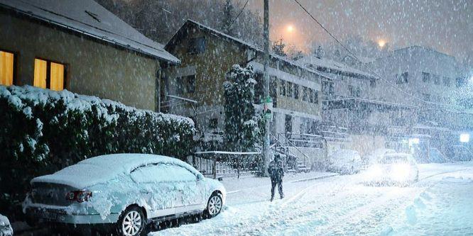 Nisanda kar Saraybosnalıları şaşırttı