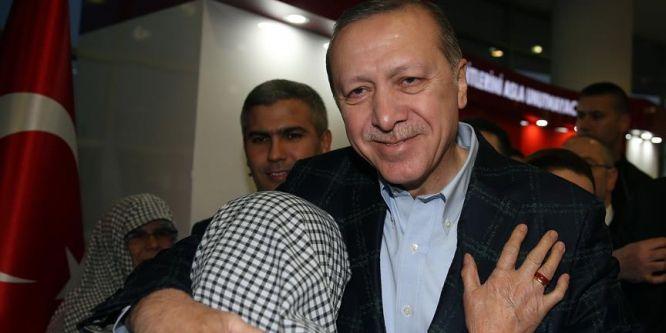 Erdoğan, Malatya Büyükşehir Belediyesini ziyaret etti