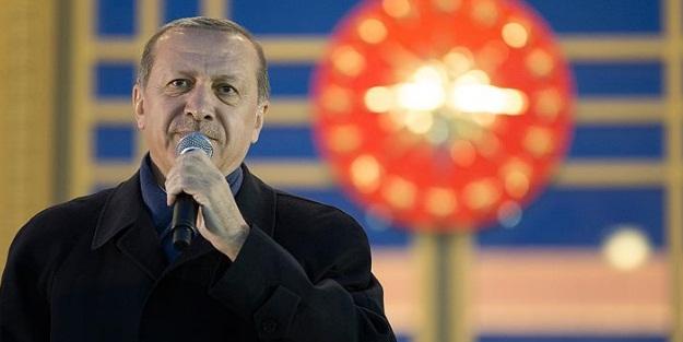 Erdoğan'ın tanıtım yazısını vatan hainine yazdırdılar