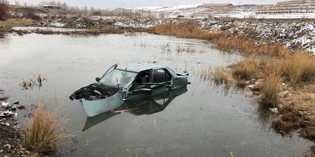 TIR'la çarpışan otomobil su birikintisine düştü: 2 yaralı