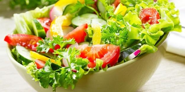 Tok tutan diyet salata nasıl yapılır? Kolay hazırlanabilir diyet salata tarifleri