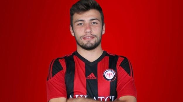 Trabzonspor'a genç sol bek