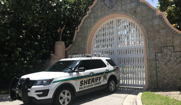 Trump'ın Mar-a-Lago'daki malikanesine Kalaşnikof'la girdiler