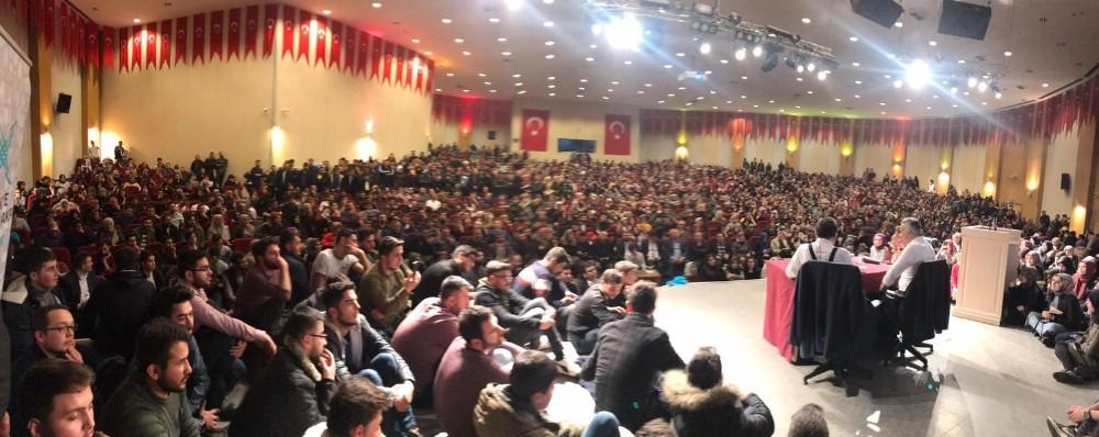 TÜGVA'dan muhteşem konferans