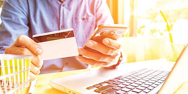 Tüketicilerin yüzde 66'sı şubeleri ve ATM'leri tercih ediyor