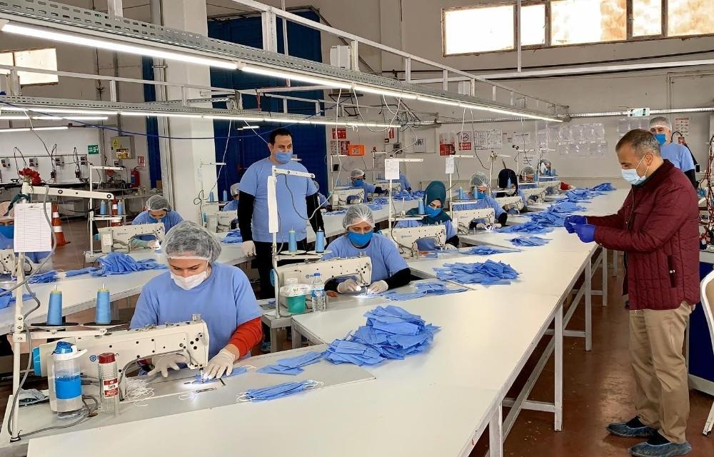 Tunceli'de 200 bin adet maske üretimine başlandı