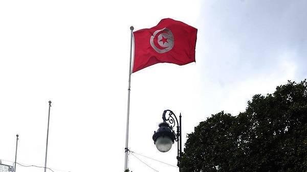 Tunus neler yaşanıyor? Tunus'ta darbe girişimi mi yaşandı?