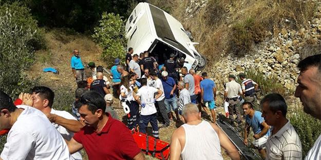Tur otobüsü uçtu: Ölü ve yaralılar var