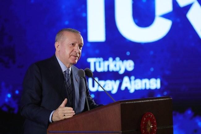 Türk astronot için 3 aday seçilecek