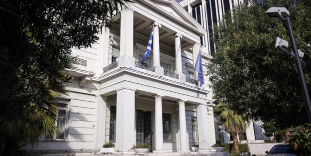 Türk Bayrağı'na alçak saldırı sonrası Yunanistan'dan açıklama!