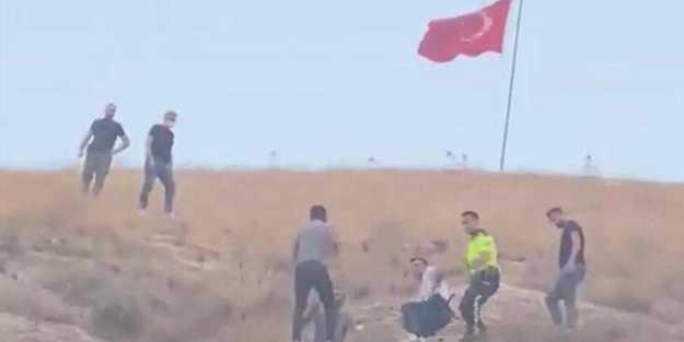 Türk bayrağını indirmeye çalışınca ortalık karıştı... İlçe ayağa kalktı