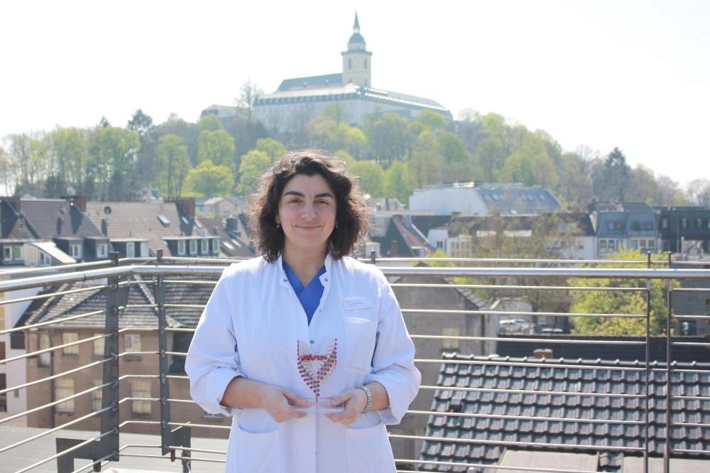 Türk Doktor Gürsoy, Almanya'da yılın doktoru seçildi