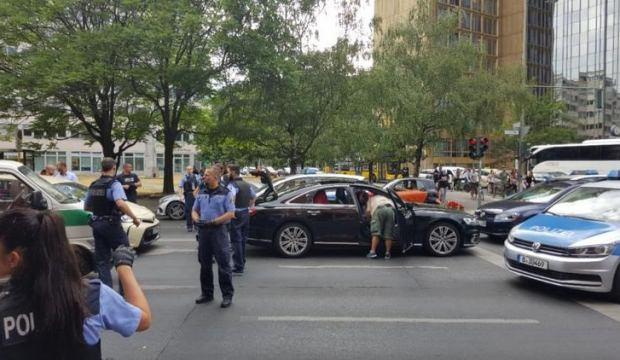 Türk düğün konvoyu Berlin polisini alarma geçirdi
