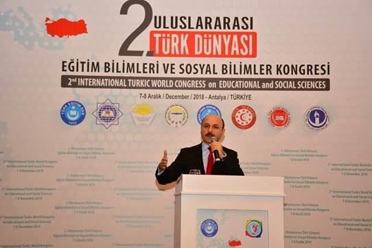 Türk Eğitim-Sen Genel Başkanı Talip Geylan,