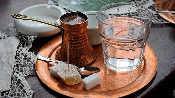 Türk kahvesinin faydaları nelerdir? Bol köpüklü Türk kahvesi nasıl yapılır?