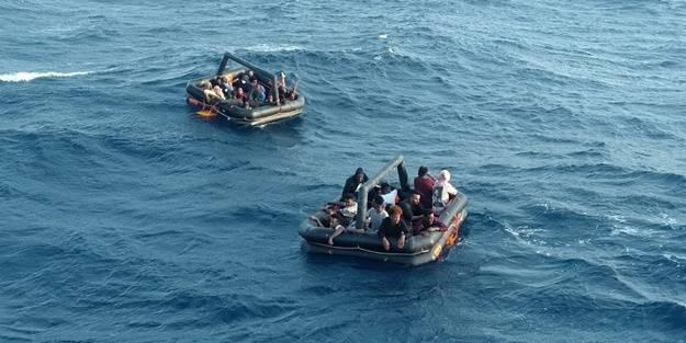 Türk kara sularına itilen göçmenler kurtarıldı
