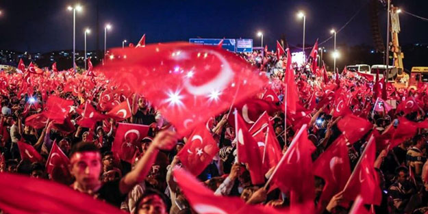 Türk milleti darbeleri 15 Temmuz'da tarihe gömdü