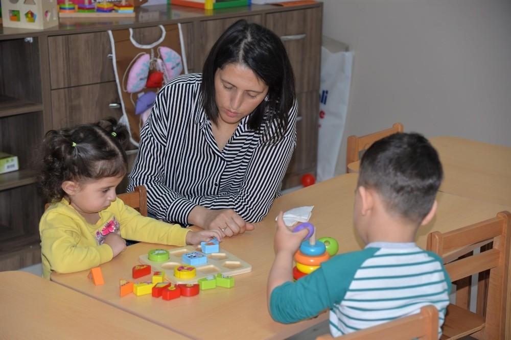 Türkan Saylan çocuk sosyal tesisi miniklere hizmet vermeye başladı
