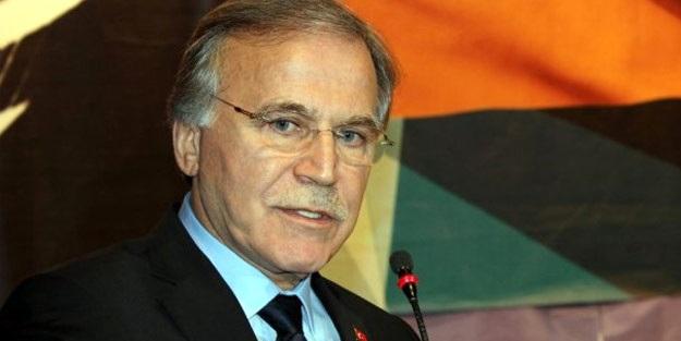 'Türkçe Olimpiyatları tiyatroydu, saf saf alkışladık'