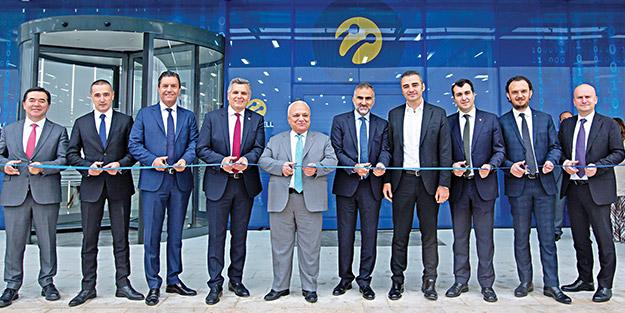 Turkcell'in en büyük veri merkezi Ankara'da açıldı