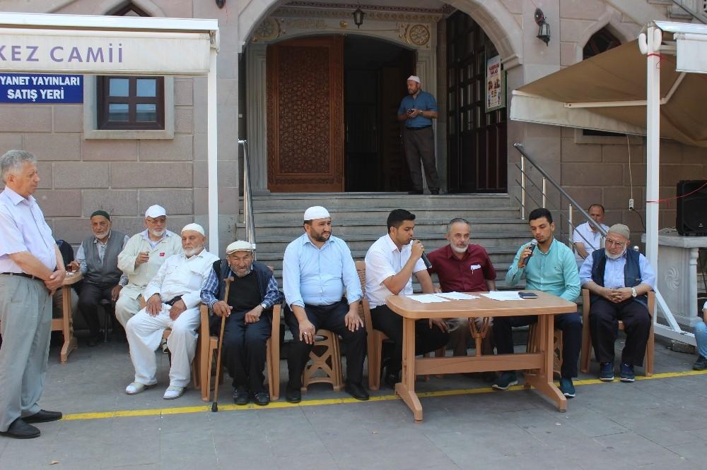 Türkeli'de hac kafilesi dualarla uğurlandı