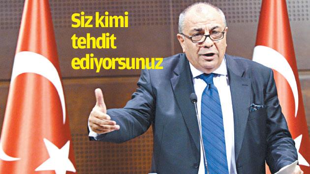 Türkeş ders verdi