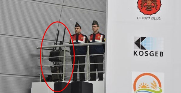 Türkeş'in konuşma yaptığı salona sinyal bozucu!