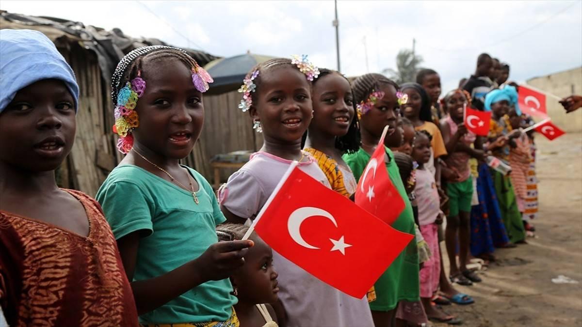 Türkiye-Afrika dostluğu eğitim, ve kültür iş birliğiyle güçleniyor