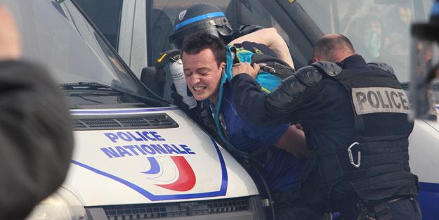 Türkiye: Fransa polisi bizi endişelendiriyor