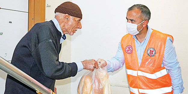 Türkiye insanlığı kurtarıyor